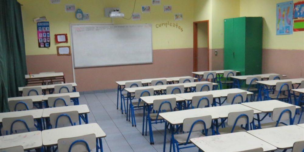106 salas de clases básica
