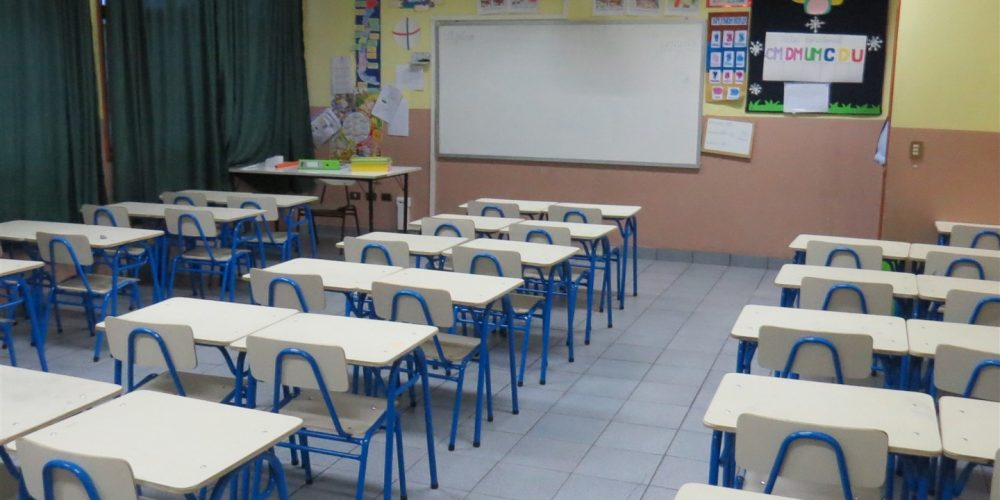 108 salas de clases básica