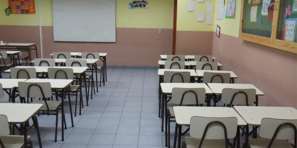 113 salas de clases básica