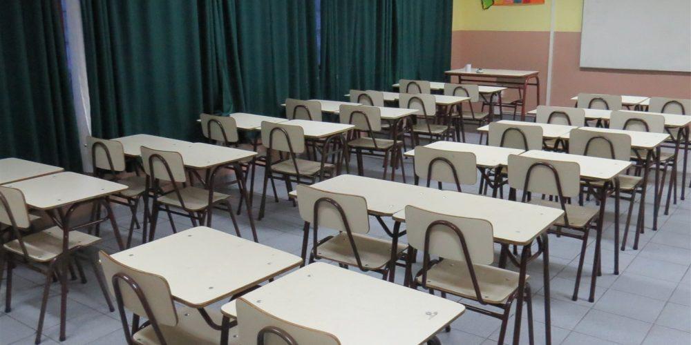114 salas de clases básica