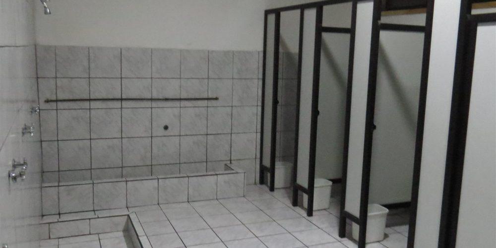 36 baños niños básica